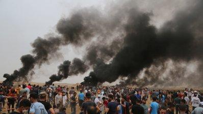 Десетки палестинци бяха ранени по време на протести по границата между Газа и Израел