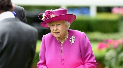 Кралица Елизабет вероятно ще подари вила на Хари и Меган за сватбата
