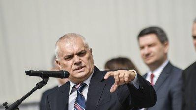 Министър Радев: Хората от администрацията ще бъдат насочени към дейности с полицейски функции (снимк