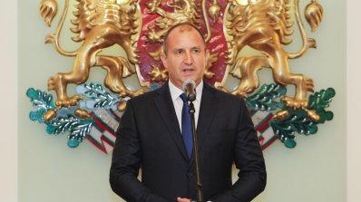 Румен Радев ще удостои български военнослужещи с висше офицерско звание