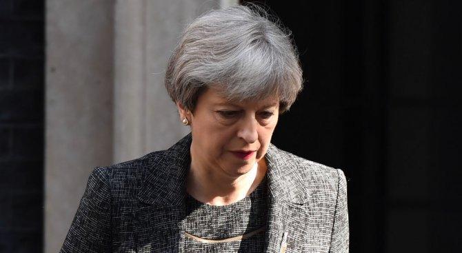 """""""Можете да ми имате доверие за Брекзит"""", написа в статия Тереза Мей"""