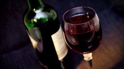 Червеното вино е полезно за мъжете, за разлика от бялото