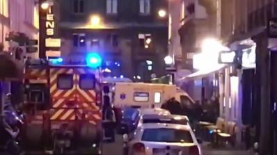 Мъжът, нападнал хора в Париж, е роден в Чечения (видео)