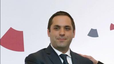 Парламентът ще изслуша министъра на икономиката Емил Караниколов
