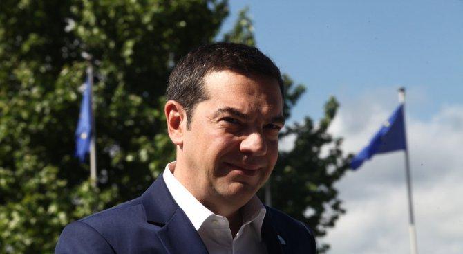 Ципрас: Все още не сме в позиция да говорим за договор за името на Македония