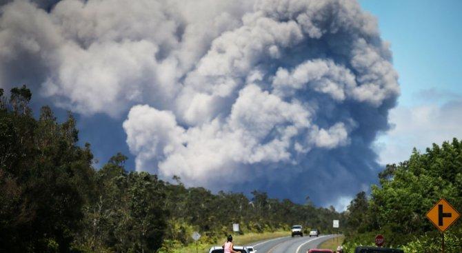 Хавайски вулкан изригна мощно (видео)
