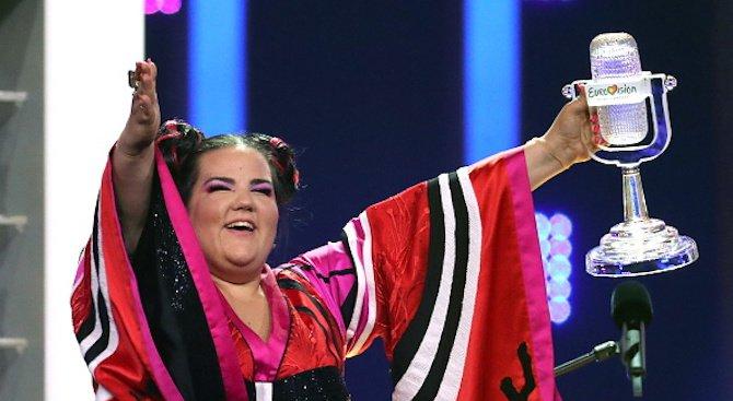 """Победителката от """"Евровизия 2018"""" се е пребила по време на състезанието (видео)"""