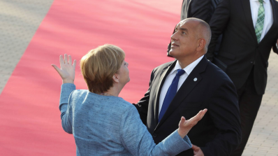Меркел удивена от Борисов, разказа за среднощната си среща с него и Макрон (видео)
