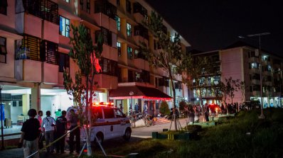 Нападението в Сурабая е дело на семейство терористи, водели дете със себе си