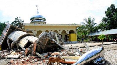 Нов атентат в индонезийския град Сурабая