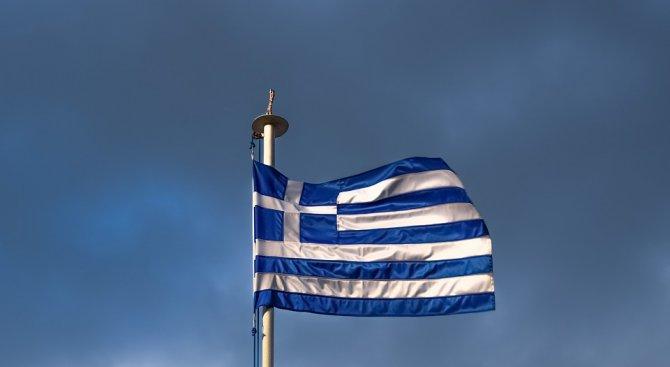 Гърция е близо до излизане от международната спасителна финансова програма