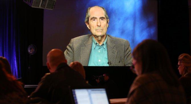 """На 85 години почина американският писател и носител на """"Пулицър"""" Филип Рот"""