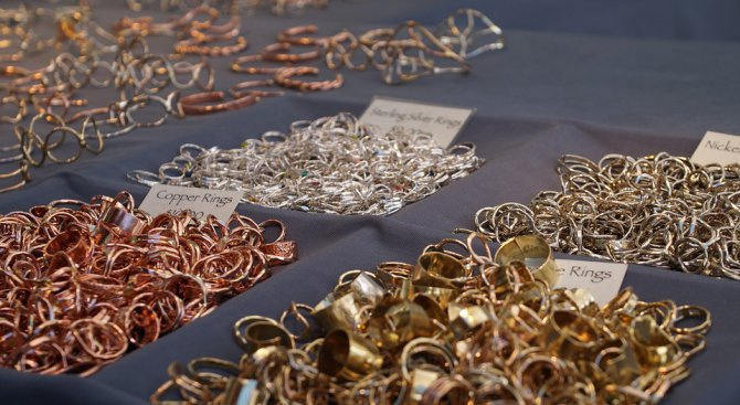 Задържаха турчин за контрабанда на злато и сребро