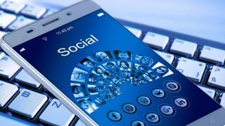 Фейсбук и Туитър променят правилата си за политически реклами