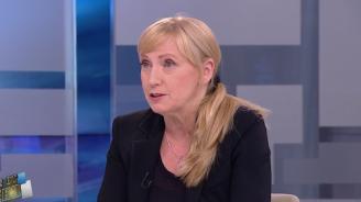 Елена Йончева: Всички политици трябва да носят отговорност