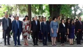 От Перник до Силистра представители на ГЕРБ се поклониха пред паметта на Ботев