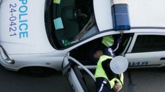 Криминално проявен счупи стъкло на патрулка