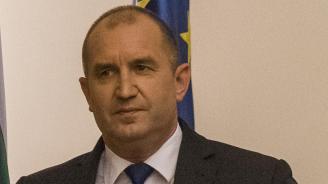 Румен Радев: Някой тегли каруцата към автокрация