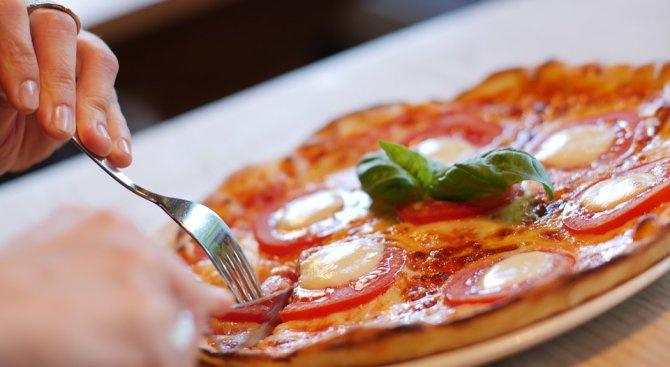 """Създадоха """"противоракова"""" пица, която удължава живота"""