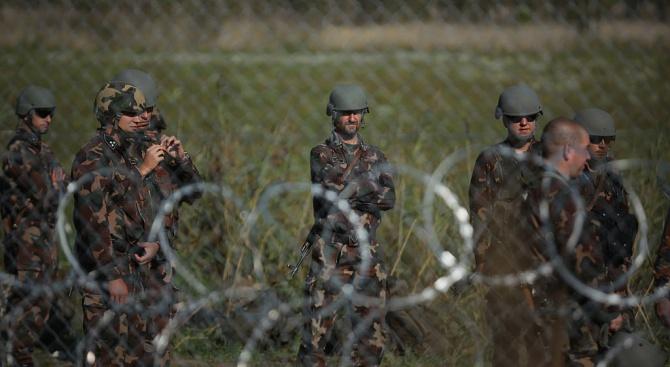 Косовски медии струпаха сръбска войска на границата