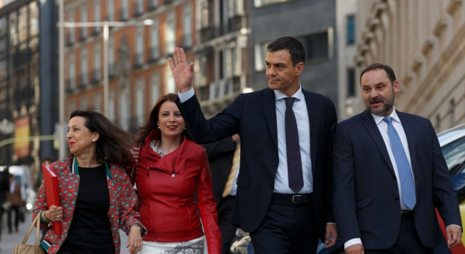 Избистря се състава на новото испанско правителство, жените ще са мнозинство