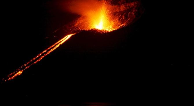 Загиналите от вулкана в Гватемала досега са 99, изчезналите са близо 200