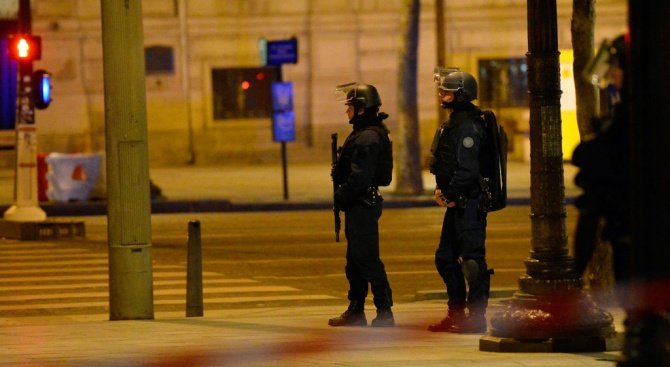 Разбиха българска мрежа, експлоатирала просяци във Франция