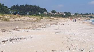 """Експерти на Министерството на туризма и РДНСК-Бургас провериха състоянието на морски плаж """"Корал"""""""