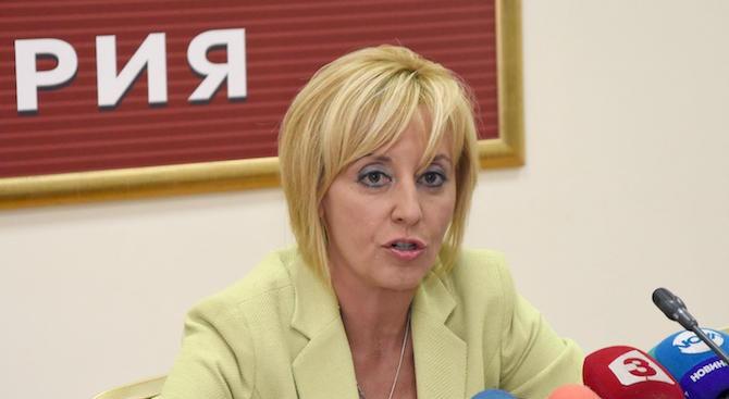 Мая Манолова: Институцията на омбудсмана се превърна от последна надежда в първа помощ на българските граждани