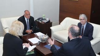 Бойко Борисов разговаря с посланика на САЩ