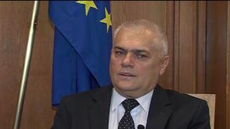 Валентин Радев: Въпроса за моята оставка го решава премиерът