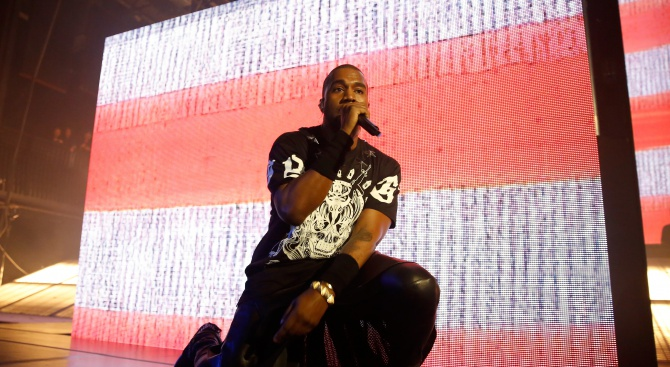 """Кание Уест оглави за осми път класацията на """"Билборд"""" за албуми"""