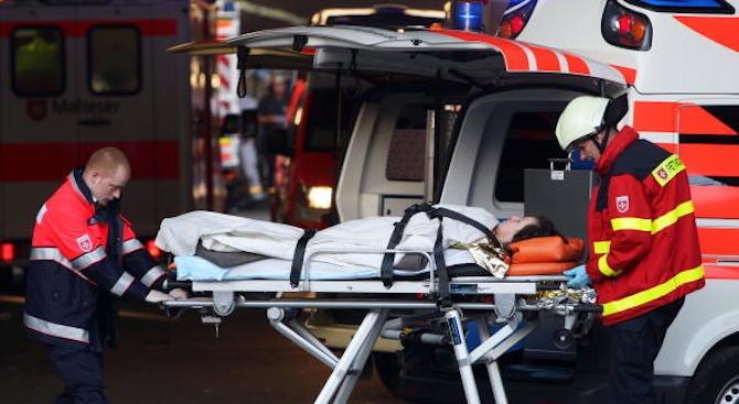 Деветима британски ученици са ранени при автобусна катастрофа в Германия