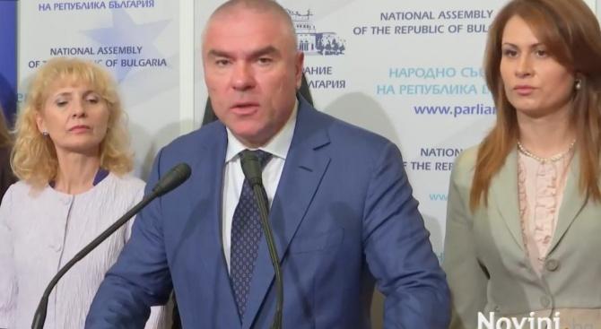 Марешки: Назначаваме сульо и пульо за министри на отбраната (видео)