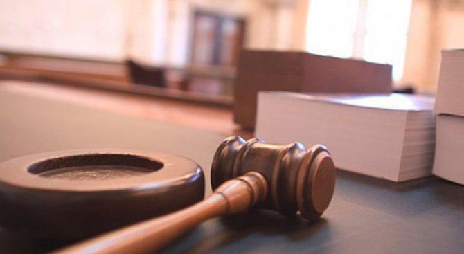 16-годишна родилка, убила бебето си, отива на съд
