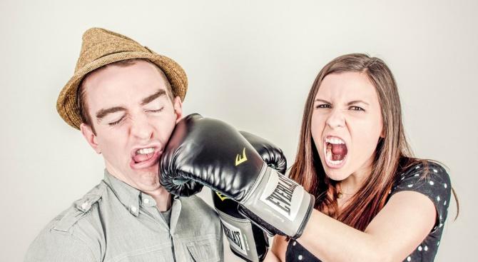 Бъдете внимателни - не влизайте в спорове и изясняване на отношенията