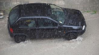 Силни бури връхлетяха Кюстендил, Благоевград, Видин и София (обновена+видео)