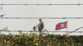 Военни представители на двете Кореи започнаха преговори за намаляване на напрежението по границата