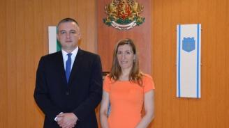 Ангелкова и кметът на Варна обсъдиха предстоящия летен сезон