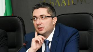 Николай Нанков: Всички заведения на южния плаж в Слънчев бряг са законни