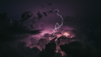 Утре - валежи, гръмотевични бури и градушки