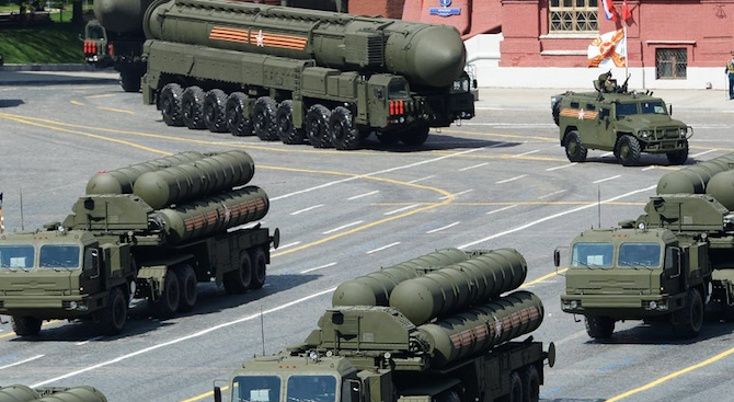 Москва: Оръжията в Крим са способни да отблъснат всяка вражеска атака