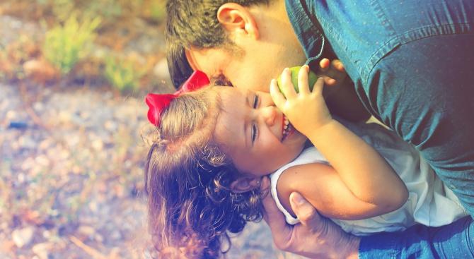 Позитивното родителство е по-скоро синтез от добри практики, които да
