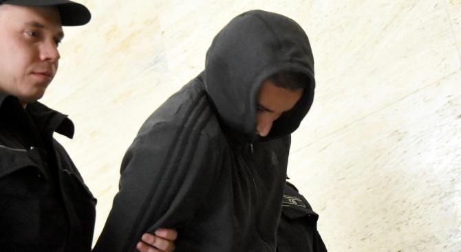 25-годишният Йордан Исаев, задържан заради инцидента на националния стадион, при
