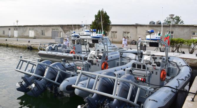 US правителството подари на българския флот 4 бързоходни лодки