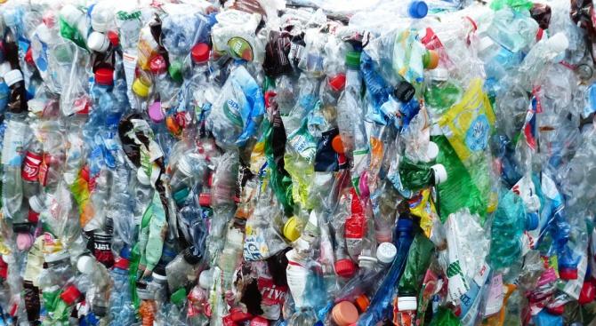 След 7 години събираемостта на пластмасовите PET бутилки в Европа