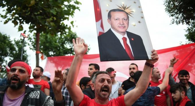 Печеля изборите, обяви Ердоган (обновена)