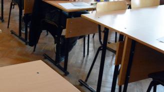 Новоизградено училище във Варна стои празно, защото е опасно