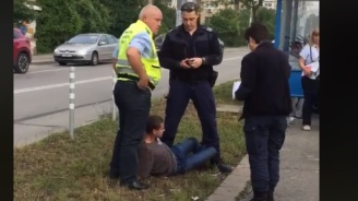 Служителят на ЦГМ, който се вижда да затиска младежа към земята с коляно в главата, няма да бъде наказан (видео)