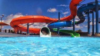 Деца с дълги коси няма  да бъдат допускани до водните пързалки